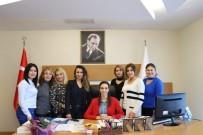 İŞ KADINI - Elif Acar, Kadın Gazetecilerle Bir Araya Geldi