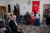 EMEKÇİ KADINLAR GÜNÜ - Kaymakam Şener Kadınlarla Bir Araya Geldi