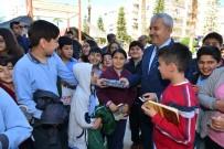 HÜSAMETTIN ÇETINKAYA - Kumluca'da 'Türkiye Okuyor' Kampanyası