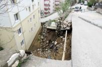 HALITPAŞA - Mudanya'da Şiddetli Yağışlar Yolu Çökertti