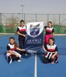 KÜÇÜK KIZ - SANKO Okulları Küçük Kız Tenis Takımı İl Üçüncüsü Oldu
