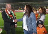 CÜNEYT ÇAKıR - Spor Toto Süper Lig Açıklaması Aytemiz Alanyaspor Açıklaması 1 - Medipol Başakşehir Açıklaması 0 (İlk Yarı)