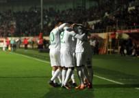 CÜNEYT ÇAKıR - Spor Toto Süper Lig Açıklaması Aytemiz Alanyaspor Açıklaması 4 - Medipol Başakşehir Açıklaması 1 (Maç Sonucu)