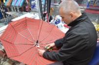 YAĞMURLU - Tamir İçin İl Dışından Bile Şemsiye Geliyor