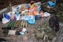 PLASTİK PATLAYICI - Teröristlerin Çantasından Uyuşturucu Çıktı