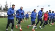 RıZA ÇALıMBAY - Trabzonspor'da Akhisarspor Maçı Hazırlıkları