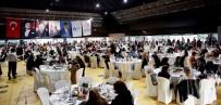 OTOBÜS ŞOFÖRÜ - Türel, Kadın Çalışanlarıyla Yemekte Bir Araya Geldi