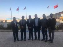 KUZEY AFRIKA - Türk İşadamına İran'da Türk Bayraklı Jest