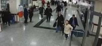 GAZIANTEP ÜNIVERSITESI - Yere düşen hastayı canlı bomba sandılar