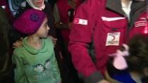 CİLVEGÖZÜ SINIR KAPISI - Doğu Guta'nın Acısını Dünyaya Duyuran Kız Kardeşler Türkiye'de
