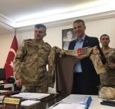 OĞUZHAN ÖZYAKUP - Fikret Orman'a Komando Üniforması Hediye Edildi