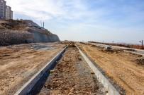 CEMAL GÜRSEL - Güney Kuşak Yolunda İnşaat Çalışmaları Sürüyor
