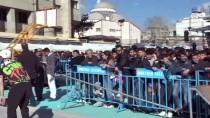 ALIŞVERİŞ FESTİVALİ - İranlılar Van'da Güzel Vakit Geçiriyor