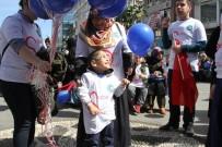 GÖNÜL ELÇİLERİ - Rize'de Otizmli Çocuklar İçin Yürüyüş Düzenlendi