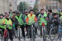 PARK YASAĞI - Sağlık İçin Pedal Çevirdiler