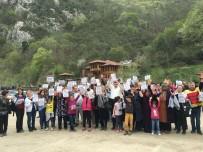 MEHMET FATIH ÇIÇEKLI - Şeker Kanyonu'nda İnsan Zinciri Oluşturup 'HES'e Hayır' Dediler