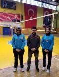 Türkiye'deki İlk Başörtülü Voleybol Hakemleri Isparta'dan