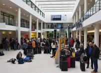 MÜNİH - Almanya'da Yolcular Grev Perişanı