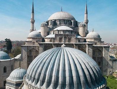 Eski İstanbul'un kalbi 'yeşil sütun'