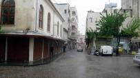 KIŞ MEVSİMİ - Kilis'te Sağanak Yağış Bölge Halkını Sevindirdi