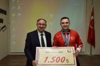 Kurtulan'dan Şampiyona Ödül