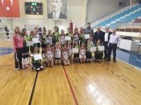 EVLİYA ÇELEBİ - Okullararası Voleybol Küçükler Yarı Final Müsabakaları Sona Erdi
