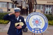 SAKARYA CADDESİ - Polis Memuruna Altın Düdük