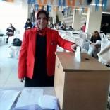 BAŞÖRTÜSÜ - Alaşehir AK Parti Kadın Kolları'nda Kocatürk Güven Tazeledi