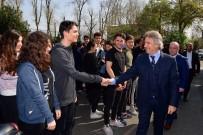 İNSANOĞLU - Beyoğlu Belediye Başkanı  Demircan Sarıyer'de Öğrencilerle Buluştu