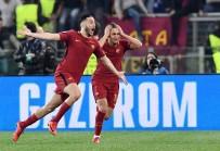 MİLLİ FUTBOLCU - Cengiz Ünder, UEFA Şampiyonlar Ligi Yarı Finali'nde Yer Alan 8. Türk Olacak