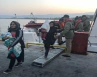 FILDIŞI SAHILI - Dikili Açıklarında 70 Göçmen Yakalandı