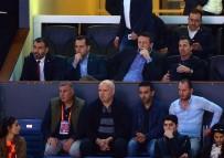 TÜRKIYE BASKETBOL FEDERASYONU - Galatasaray Başkanı Mustafa Cengiz, Yalnız Bırakmadı
