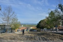MEHMED ALI SARAOĞLU - Gediz Belediyesi'nden Yol Ve Otopark Düzenleme Çalışması