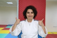 Hayatı Judo İle Değişen Ayşegül'ün Hayali Öğretmen Olmak