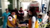 ÇAMAŞIR SUYU - Manisa'da 20 Öğrenci Hastaneye Kaldırıldı