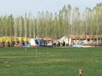 KARBONMONOKSİT - Niğde'de Karı Koca Sobadan Zehirlendi Açıklaması 1 Ölü