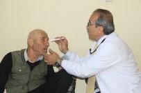 SAĞLIKÇI - Türkmen Doktordan Sınırın Sıfır Noktasında Sağlık Taraması