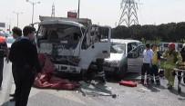 İTFAİYECİLER - 3 Aracın Karıştığı Kazada 3 Sürücü Yaralandı