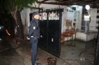 ZIRHLI ARAÇLAR - Adana'da Cumhurbaşkanına Hakarete 8 Gözaltı