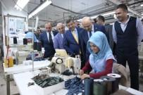 ÖMER KARAMAN - Başbakan Yardımcısı Fikri Işık, Tekstil Çalışanlarını Ziyaret Etti