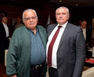 MEHMET ÇETIN - Başkan Çetin'i İlk Babası Kutladı