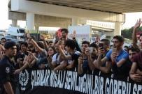 OĞUZHAN ÖZYAKUP - Beşiktaş'a İzmir'de Coşkulu Karşılama