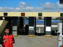 AHISKA - Gürcistan'a Geçişler Yüzde 41 Azaldı