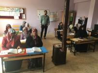 OKUMA YAZMA SEFERBERLİĞİ - Halk Eğitim Merkezinin Kursiyerleri Bir Araya Geldi