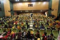 KıRMıZı BAŞLıKLı KıZ - Kırmızı Başlıklı Kız Tiyatro Oyunu Bayburt'ta Sahnelendi
