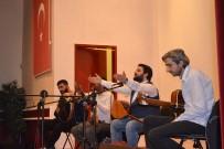 TÜRK HALK MÜZİĞİ - Mahkumlara Tiyatro Ve Konser Morali