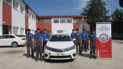 Otomobil firmasından eğitime destek
