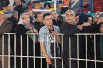 FİLİSTİN BÜYÜKELÇİLİĞİ - Refah Sınır Kapısı Geçici Olarak Açıldı