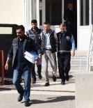 12 Taciz Ve Hırsızlık Suçundan Aranan Zanlı Yakalandı