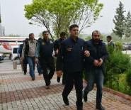YURT DIŞI YASAĞI - Adana'da PKK Propagandası Yapan 4 Kişi Tutuklandı